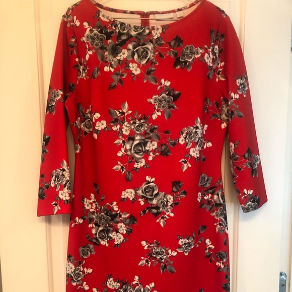 New York & Company Dresses & Skirts - NY & Co. red and black flowered dress
